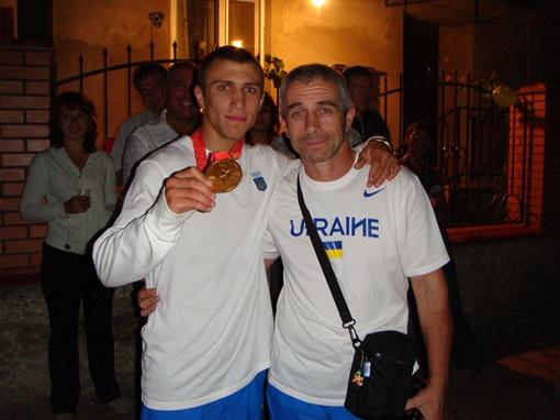 Ломаченко с тренером. Фото из архива