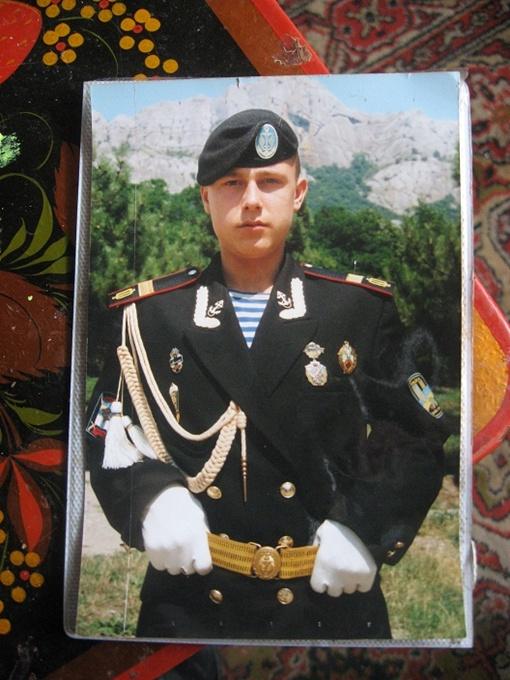 Евгения избили до того, как он встретился с милиционерами?