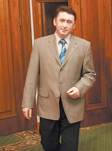 Фигурантом самого громкого в Украине скандала с прослушкой стал экс-майор Госохраны Николай Мельниченко, утверждавший, что спрятал диктофон под диваном Леонида Кучмы.
