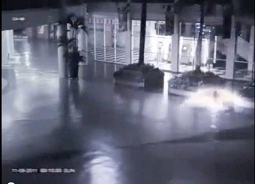 Ангел упал и поднялся за одну секунду. Скриншот