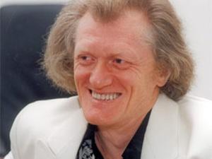 Юрий Рыбчинский признался, что обожает все французское - не зря же он похож на Жана Маре!