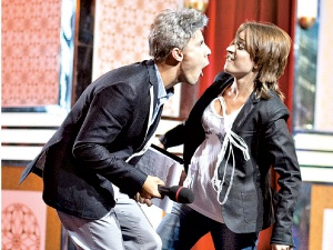 Актеры колоритно передали мимику Андрея Доманского и Дианы Арбениной.