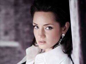 Татьяна Денисова будет опекать участников второго сезона. Фото канала СТБ.