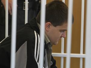 Теперь приговор вступил в законную силу, так что вскоре догхантера переведут из Лукьяновского СИЗО в тюрьму. Сейчас решается, в какую. Фото Максима ЛЮКОВА.